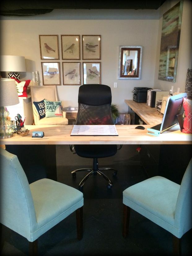 ahid desk